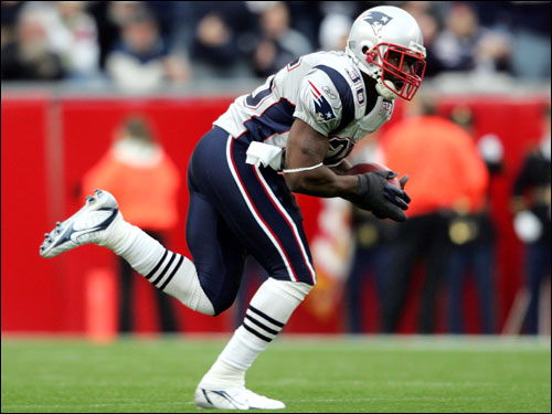 Pats safety James Sanders intercepted a pass from David Carr in the first half.