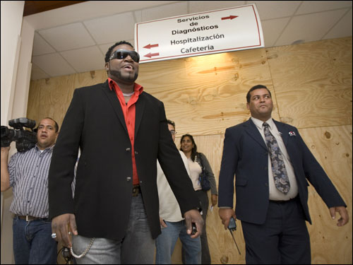 Last January, David Ortiz visited with a dozen children at the Hospital Generalde la Plaza de la Salud medical center in Santo Domingo, Dominican Republic. After talking to them, and admittedly shedding a few tears, Ortiz vowed to return.