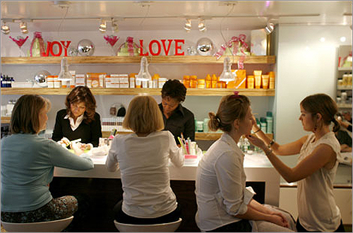 The trendy G Spa on Newbury Street offers quickie spa treatments in a stylish setting. Enjoy one of five 15-minute, $25 'Quickie' Smooth Strokes Massages.