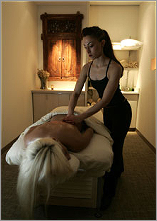 Exhale Spa on Arlington Street offers several 30-minute massages for on-the-go spa fans. Try a fusion massage for $85, or splurge on a highly-relaxing deep tissue massage for $100.