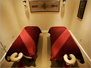 The Four Seasons couples massage room in Las Vegas.