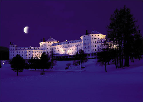 Mount Washington Resort Bring your sweetheart to Bretton Woods, N.H., and get pampered at the Mount Washington Resort. Try the special 'Romantic Winterlude' package, which includes a bottle of champagne with keepsake glasses, fresh flowers, and a private sleigh or carriage ride around the resort's picturesque grounds, which could be the perfect time to pop the question! DISCUSS Your proposal story?