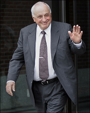 Peter Limone waved as he exited the US District Court in Boston on Nov. 16, 2006. Limone was exonerated of a 1965 gangland murder after serving 33 years in prison.