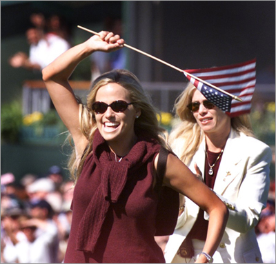 Here, Phil Mickelson's wife, Amy, shows her true colors.