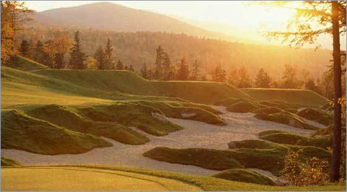 Sunday River , Newry, Maine With breathtaking landscapes of the surrounding Sunday River Valley and Mahoosuc mountain range, the course follows the natural contours of the land while carving its way through the wilderness.