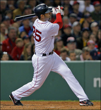 Mike Lowell stroked the third consecutive home run in the third inning.