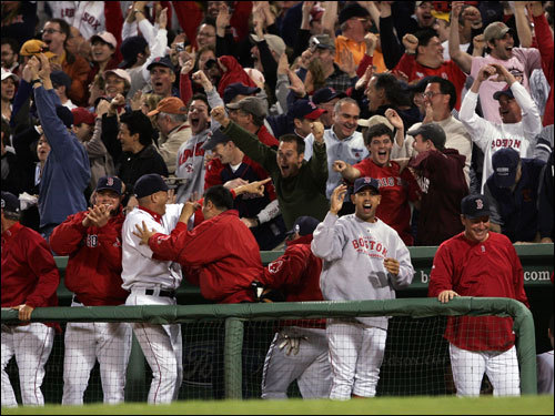 Red Sox fans and players reacted to Jason Varitek's home run.