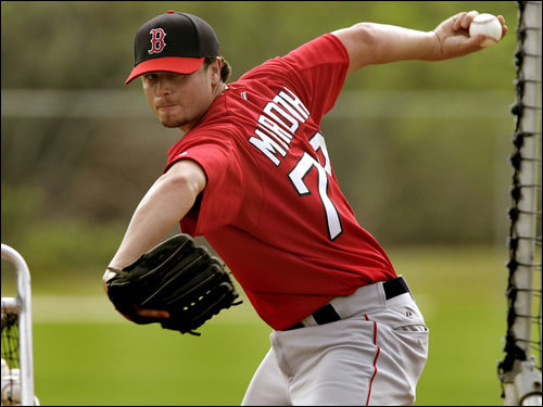 Meredith made his major league debut with the Red Sox on May 8, 2005 against the Mariners. He began his career by walking two batters before allowing a grand slam. He gave up seven earned runs in just 2 1/3 innings of work before returning to Pawtucket.