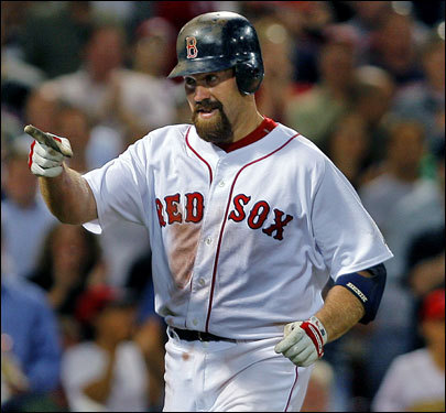 Youkilis extended his hitting streak to 21 games when he doubled in the first, then homered in the seventh. An impressive component of Youkilis's streak from the Globe's Gordon Edes: He has nine straight multihit games (19 for 40, .475). In the last 50 years, only one Sox player, Jim Rice, has had as many consecutive multiple-hit games. Rice had nine in 1978.