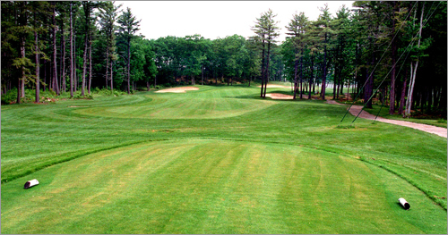 Dunegrass 200 Wild Dunes Way Old Orchard Beach, Maine 207-934-4513 18-hole rate: $45-$59 Our take : Relatively new and not far from Portland, Dunegrass has been garnering more fans with each season. With many holes hugging the coast, it's a combination of beauty and pure fun.