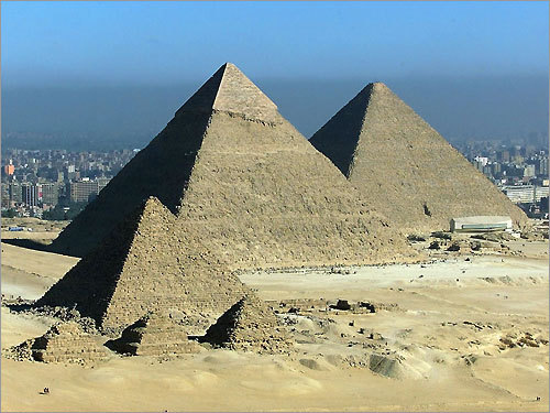 pyramids of giza the last survivor of the seven wonders of the world The pyramid of giza other wonders near the cairo city, in egypt, is raised the most ancient and the only survivor of seven wonders of ancient world: the great pyramid of giza also called pyramid of khufu located near to two other smaller pyramids: khadre and menkaure.
