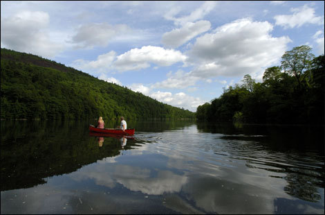 The Vermont Canoe Touring Center offers canoe and kayak rentals at the junction of the West and Connecticut rivers.