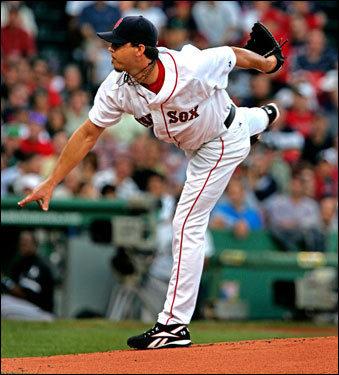 Josh Beckett has been in All-Star form all year, and his teammates returned to give him his usual run support Friday in a 10-3 win.