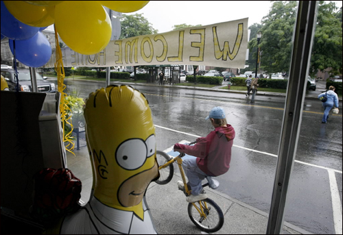 Springfield, Vt., prepared to host the world premiere of 'The Simpsons Movie.' The town beat out 13 other cities named Springfield with their winning video.