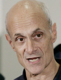 Michael Chertoff defended US border agents.