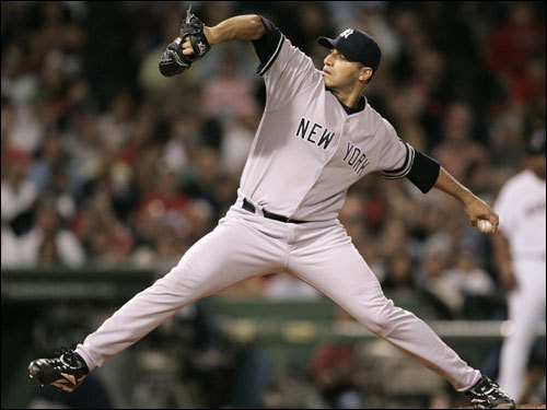 Andy Pettitte delivered a pitch in the second inning.