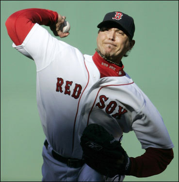 Josh Beckett delivered a pitch in the third inning.