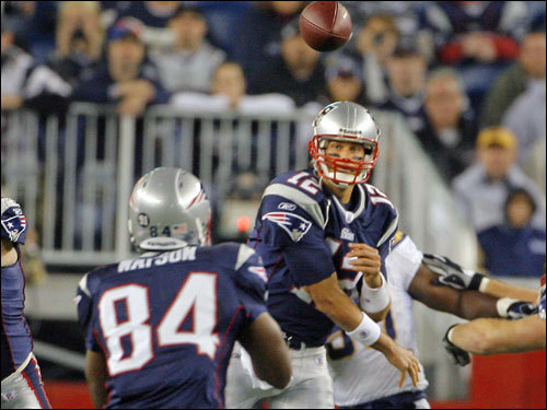 Patriots quarterback Tom Brady's (12) first pass of the game was complete to Ben Watson (84).