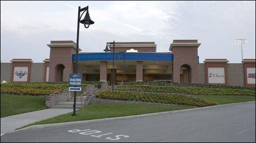 soaring eagle casino discounts