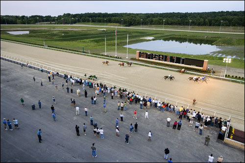 The track uses the Tapeta surface, a first in racing history. It is a synthetic combination of sand, fiber, rubber and wax that feels like dryer lint with sand on it.