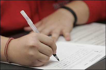 essay questions for college admissions