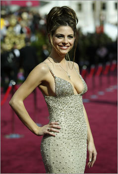 Menounos, 'Entertainment Tonight' host for the Oscar Arrivals telecast, wore a diamond-studded dress from Randi Rahm on the red carpet at the 76th annual Academy Awards in Hollywood, California February 29, 2004.