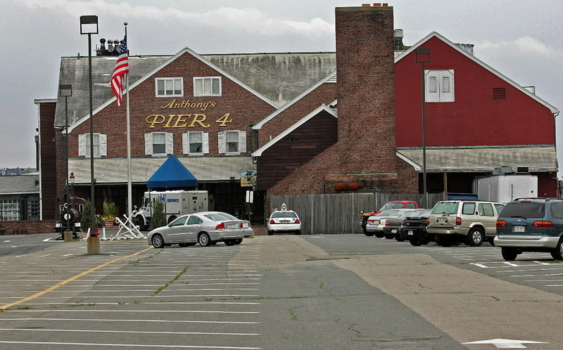 Anthony's Pier 4
