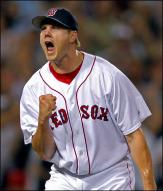 Jonathan Papelbon reacted after getting the final out of the eighth inning.