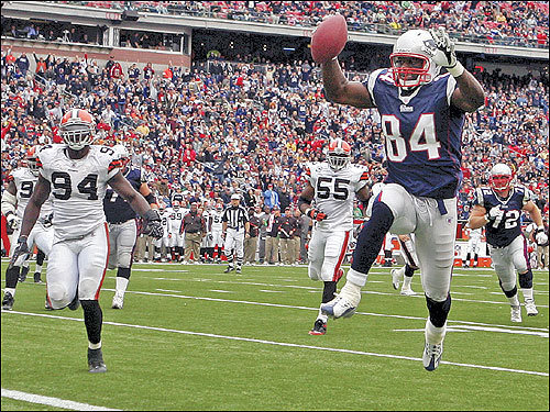 Patriots tight end Benjamin Watson jumped into the end zone on a 7-yard touchdown reception against the Cleveland Browns during the second quarter. Watson caught six passes for 107 yards and two touchdowns to lead the Patriots to a 34-17 win Sunday. The Patriots improved to 5-0.