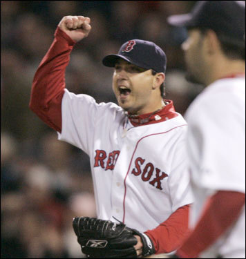 Josh Beckett reacted to the catch by Manny Ramirez.