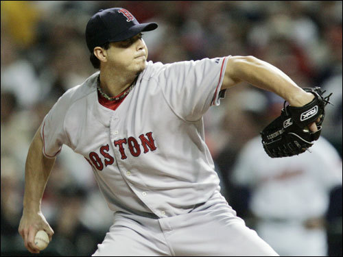 Josh Beckett delivered a pitch in the second inning.