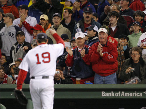 Josh Beckett walked off the mound after the sixth inning to applause from the Fenway faithful.