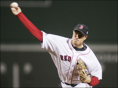 Sox reliever Mike Timlin delivered a pitch in the fifth inning.