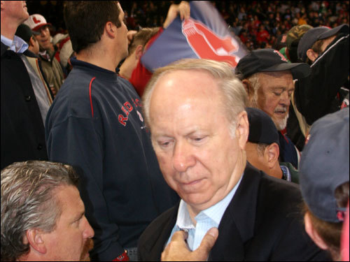 David Gergen, currently a professor of public service at Harvard's John F. Kennedy School of Government, walked through the crowd before the start of Game 1. In earlier years, Gergen served as a White House adviser to Presidents Nixon, Ford, Reagan, and Clinton.