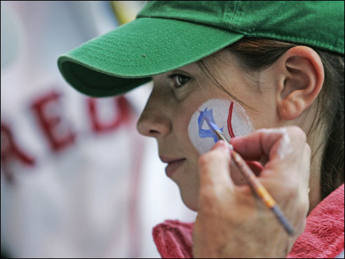 Jacqueline Keisling, 12, of Richfield, Conn. got her face painted before attending Game 2 of the World Series.