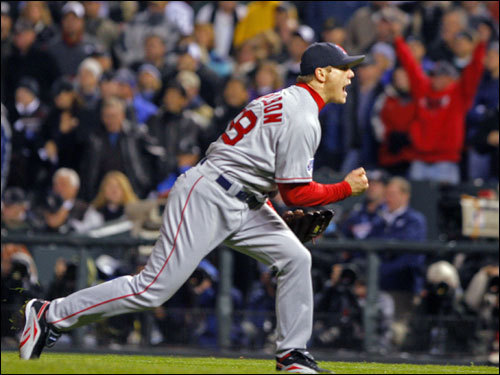 Red Sox closer Jonathan Papelbon celebrated the 10-5 Red Sox win in Game 3 of the World Series.