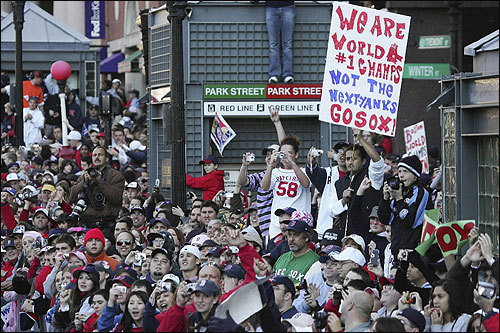 New York can keep the Yankees, according to fans at Park Street.