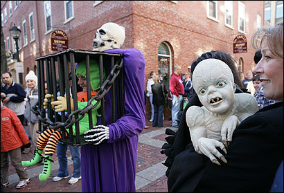 Salem locals grumble that an historic city 'turns into Spooky ...