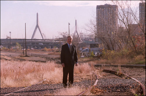 In 2001, David Vickery of Boston real estate firm Spaulding & Slye was the NorthPoint project manager. Here, Vickery stood at the NorthPoint development site. In early 2006, Jones Lang LaSalle, a publicly traded real estate firm, purchased Spaulding & Slye and took over managing the development, construction, and leasing of the project.