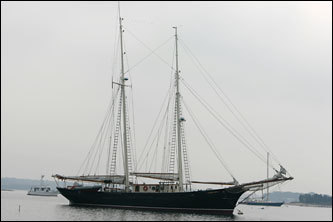 On this day, Andrews paid a call to the Tabor Boy, a 92-foot sloop that is the training vessel for Tabor Academy students at the seaside prep school in the affluent little town of Marion. The ship, built in 1914, had just had a major overhaul and as a result of welding aboard the ship, the magnetic field had been rearranged.