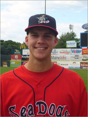 The 6-foot-6-inch, 235-pound Masterson was drafted by the Red Sox in the second round (71st overall) of 2006 amateur entry draft. The 22-year-old righthanded pitcher went 4-3 with a 4.34 ERA in 10 starts at Double-A Portland in 2007. At Single-A Lancaster, Masterson went 8-5 with a 4.33 ERA in 17 starts last season.