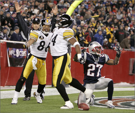 Steelers running back Najeh Davenport celebrated his touchdown in the second quarter.
