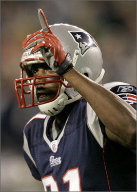 Randy Moss celebrated his touchdown.