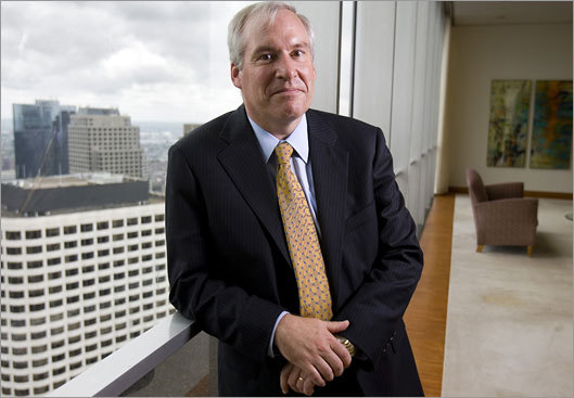 Eric Rosengren, president of the Federal Reserve Bank of Boston, sees the housing slump continuing.