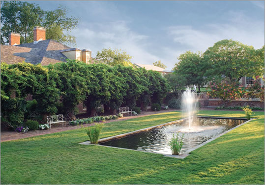 The Spa of Colonial Williamsburg in Virginia opened last spring, tucked between the Williamsburg Inn, the Williamsburg Lodge and adjacent to the Golden Horseshow Golf Club.