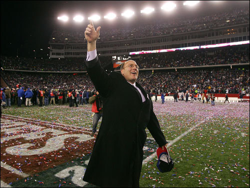 Patriots Vice President of Player Personnel Scott Pioli acknowledged the fans during celebrations.