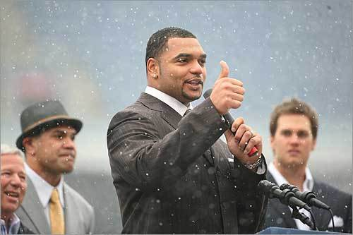 Richard Seymour gave a thumbs-up to the fans.