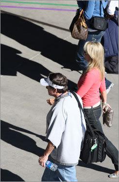 Patriots'coach Bill Belichick arrived at University of Phoenix Stadium.