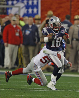 8. More decisions at WR Free agent Jabar Gaffney has re-established himself in the NFL and, like Randy Moss, has stated that he'd like to return to the Patriots. Again, it will come down to actions, not words. Donte' Stallworth, pictured, ($8 million) and Kelly Washington ($4 million) have big option bonuses due that likely won't be paid, making them free agents. They could return with different deals. Troy Brown could be looking at retirement.
