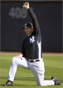 Pavano never pitched a game in the majors for the Red Sox, but he was a key trading chip in the deal that brought Pedro Martinez to Boston. The Sox tried to sign him as a free agent following the 2004 season, but he chose to sign with the New York Yankees instead. Since then, he's pitched in 19 games, and he hasn't contributed much of anything for the Bronx Bombers.